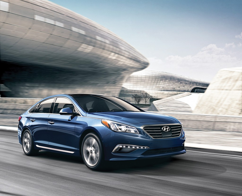 The new-generation Hyundai Sonata has a body that is more mature and toned down than the swoopy, dramatic looking design that was unveiled in 2009.