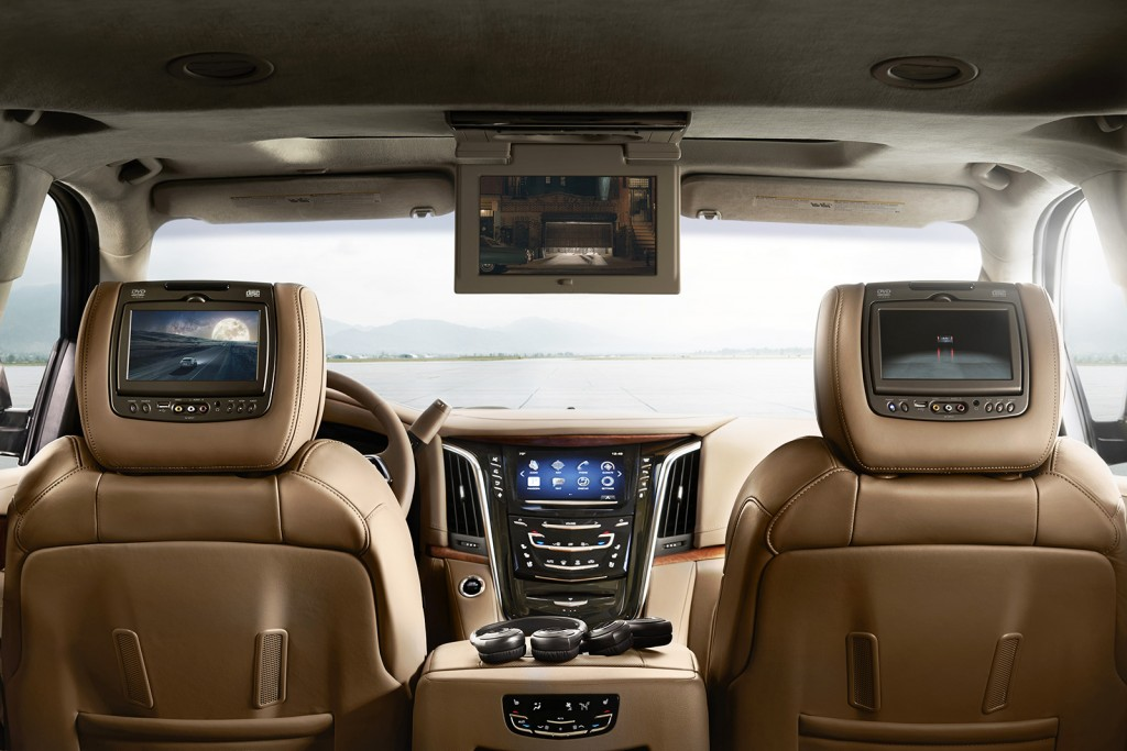 The 2015 Escalade, shown here in high-end Platinum trim, is a tech lover's dream car. From wireless phone chargers to a well-designed, built-in entertainment system, it's a cutting-edge SUV from a technology standpoint.
