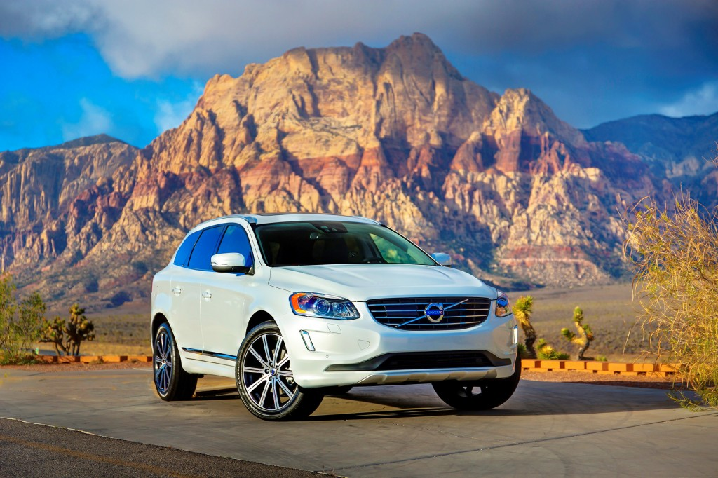 The Volvo XC60 is a handsome looking crossover that doesn't follow the pack. From its styling to its safety innovations, it would rather set the tone than follow the herd — a rare thing in mid-size crossovers.