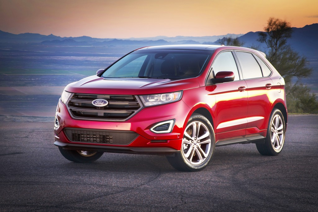 The Ford Edge gets a clean-slate design for 2015, giving it a fresh look and long list of tech features. A forward-facing video camera and the ability to automatically guide you into parking spots are among the headline additions.