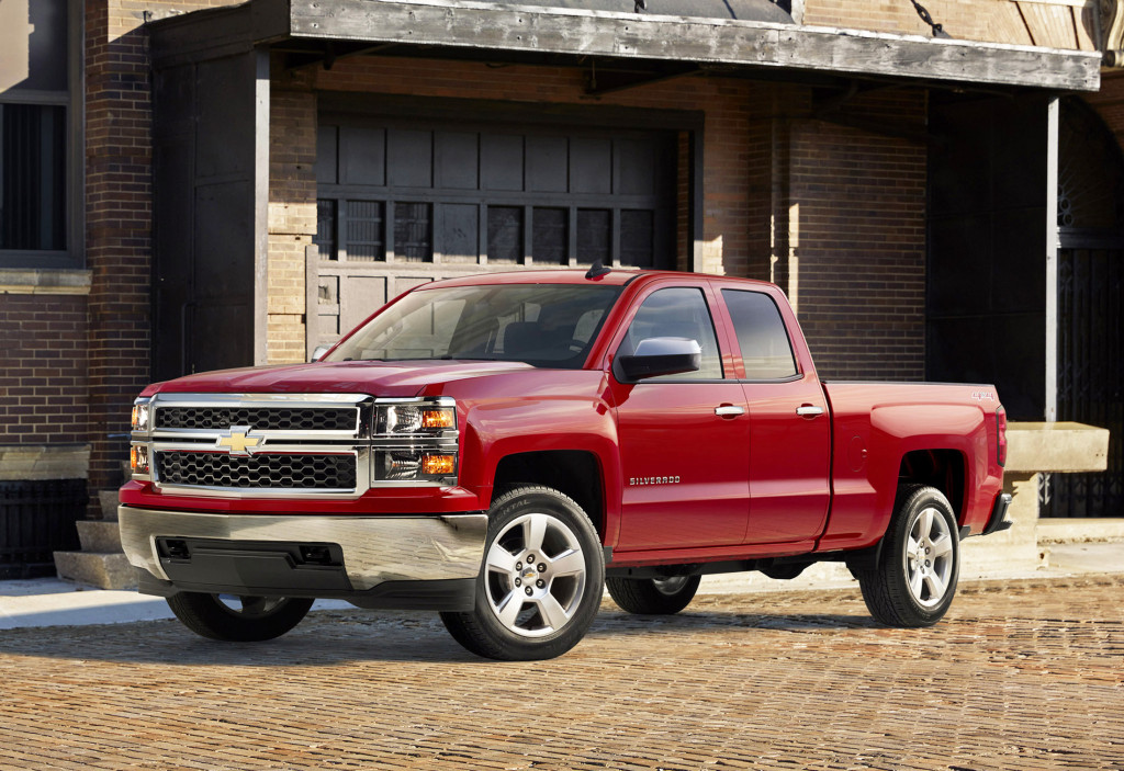 A new eight-speed automatic transmission is available on the Chevrolet Silverado with its biggest engine, a 6.2-liter V8.