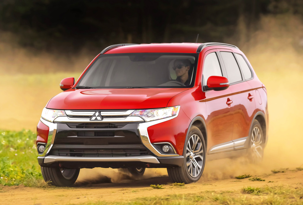 The Mitsubishi Outlander gets a long list of small changes for 2016 that add up to a big difference. It feels more refined and offers a better value on some trim levels this year.