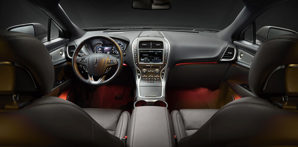The spectacular MKX Black Label lets you adjust the color of ambient lighting in the cabin, letting you choose any shade on the spectrum from cool white to creepy red. Between the lighting and design choices, you can get the kind of customized cabin experience that used to be reserved for more expensive, high-end luxury cars.
