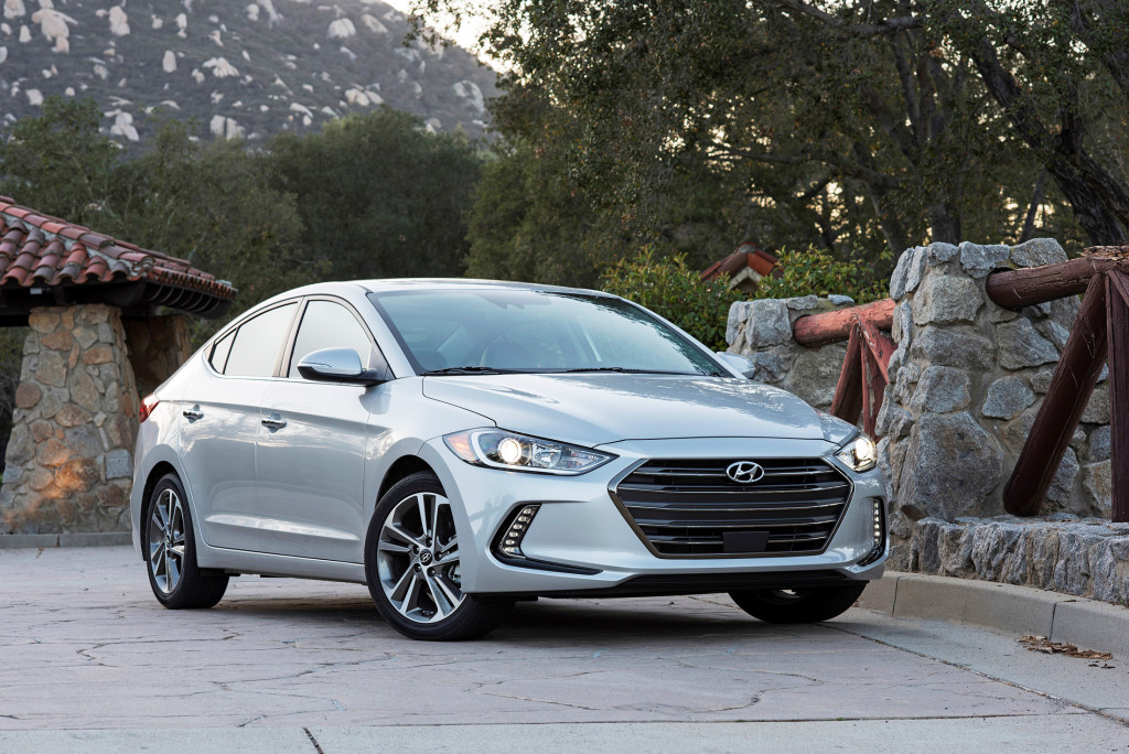 A handsome new body is one of many upgrades for the all-new 2017 Hyundai Elantra. With a quiet ride and upmarket features, it has luxury-car panache without the high price.