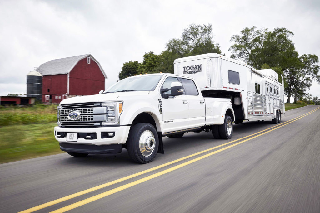 Like the Ford F-150, the new Super Duty makes extensive use of aluminum panels to save weight in the body. It used that weight savings, though, to dramatically beef up its frame for more capability and better performance than before.