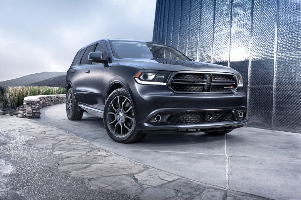 With a lower ride height, better handling and more power than most family-friendly SUVs, the roomy 2016 Dodge Durango plants a decidedly sporty flag in the market.