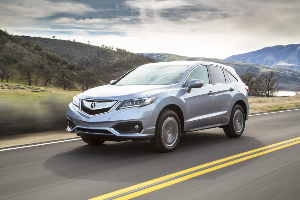 With a powerful V6 engine, refined driving feel and upscale cabin, the Acura RDX checks a lot of luxury boxes but doesn't have a bloated price.